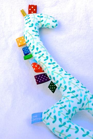 Gus and Ollie fabric baby taggy giraffe toy softie newborn Hamburg Germany